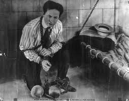 Harry Houdini - Escapologo