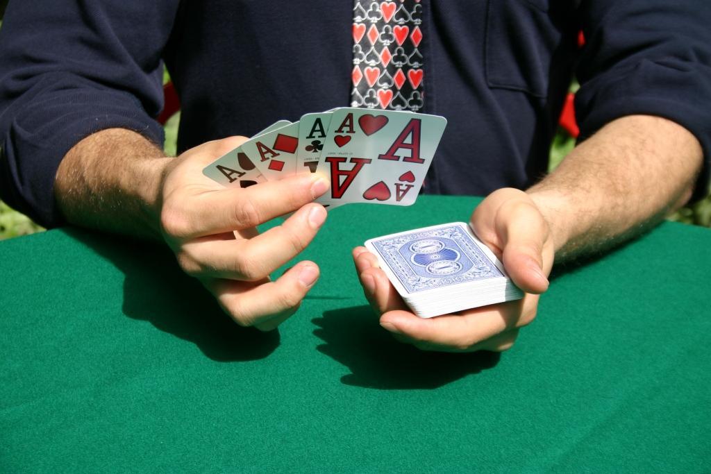 giochi di magia-quattro assi1